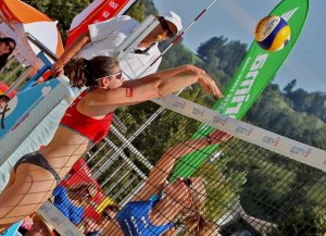 Patricia-beim-Beachvolleyball-©PHOTO-PLOHE
