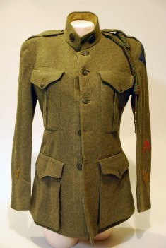 US Marine coat. Note the pocket creases, and flaps and the cuffs on the sleeve.
