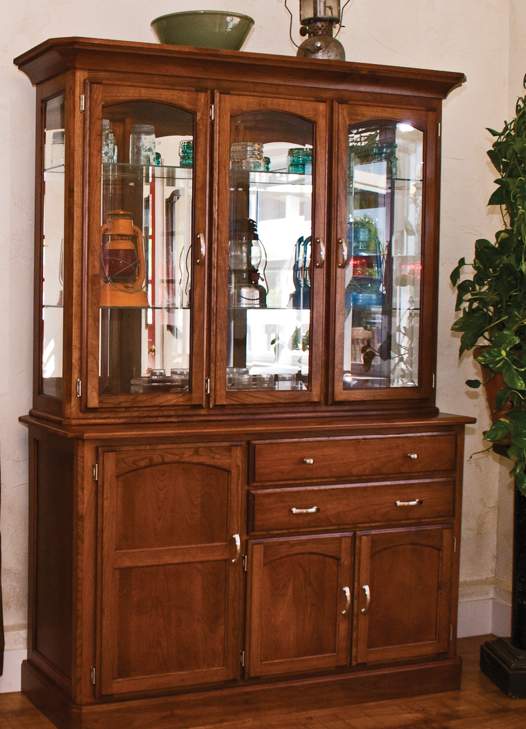 Newport Hutch and Base