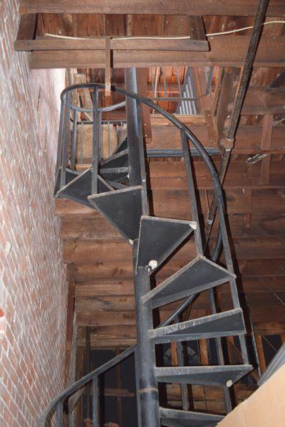 circular stairs 1800's