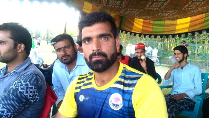 Manzoor Pandav is not only Batsman but he is a good Bowler have a look.