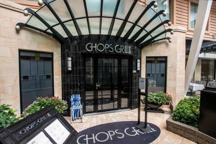 Chops Grille located in Central Park