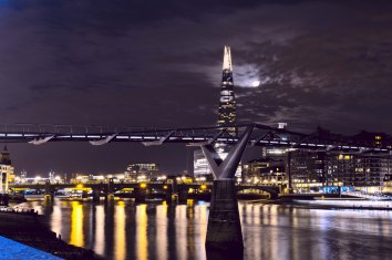 London is a spectacular city to visit at night with a camera, especially when there is a full moon!