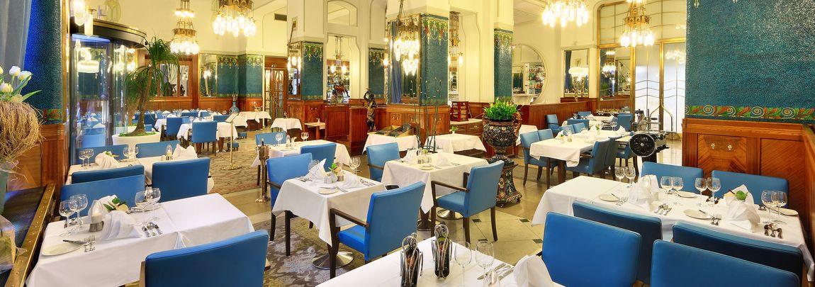 Hotel PARIS Praha 2012