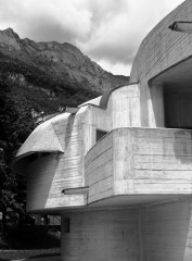 Eglise - Les Dolomites