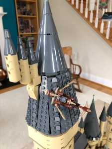 hogwarts castle dragon