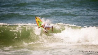 1 Surf Competitor (8)