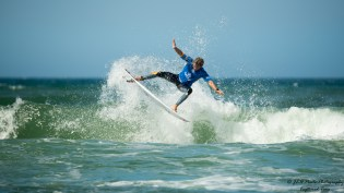 Surf Competitor (34)