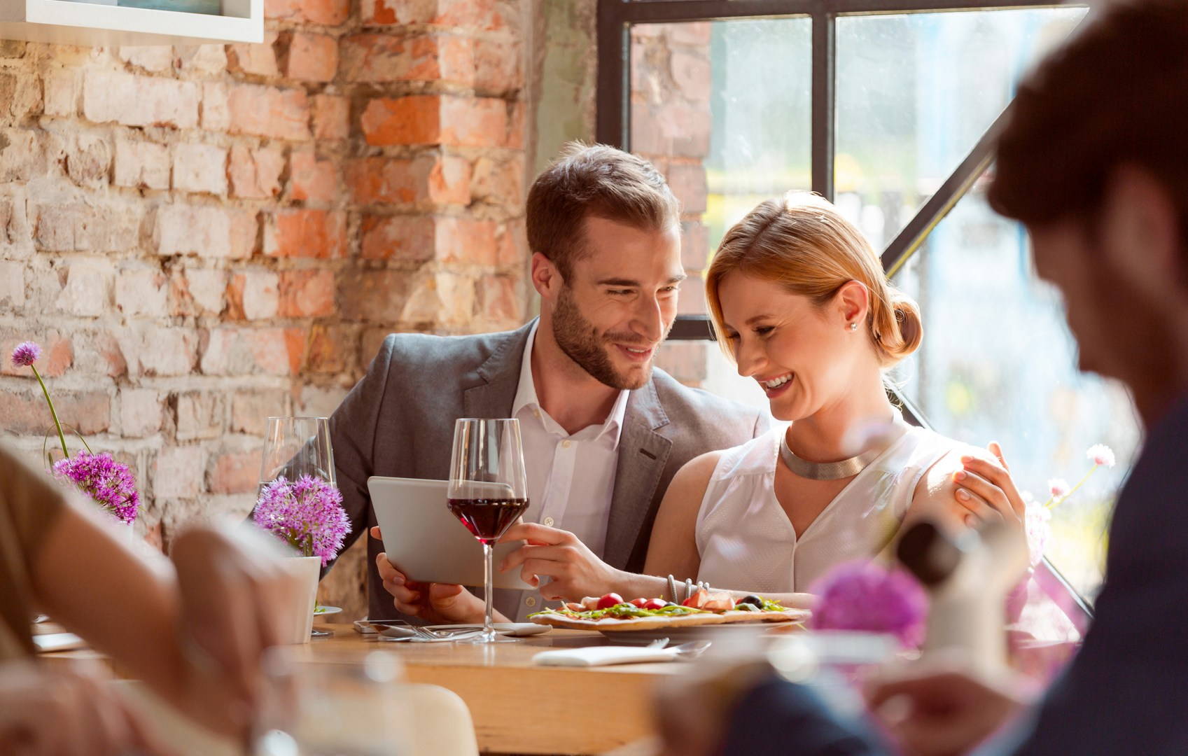 Best & Worst First Date Ideas: Tips For Avoiding A Date Disaster