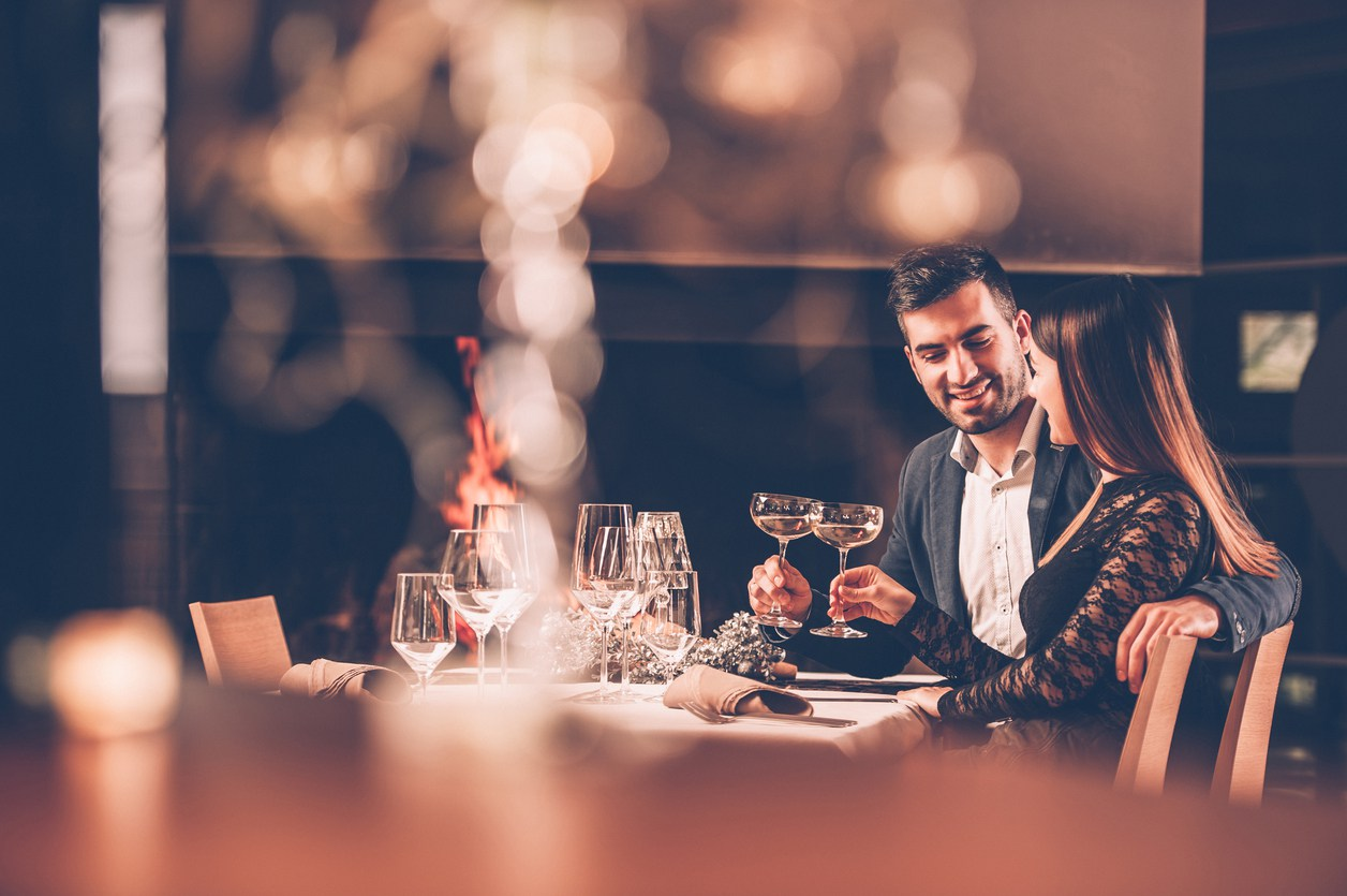 Not-So-Great First Date? Here's Why You Should Give A Second Date A Chance