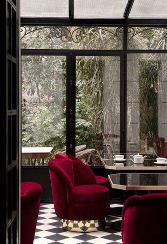 rode interieurs