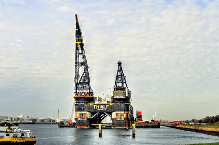 Crazy Cranes: The Biggest and Most Interesting in the World