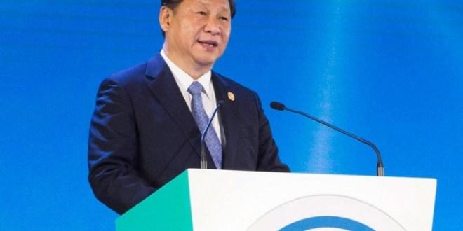 國家主席習近平在亞太經合組織工商領導人峰會致辭時表示,必須通過經濟結構改革解決全球經濟問題。 (新華網圖片)
