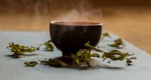 美國一項研究指出,人體每日飲用700毫升、60°C以上熱茶,患上食道癌風險的機會比較少飲茶且茶溫較低的人高出90%。(網上圖片)