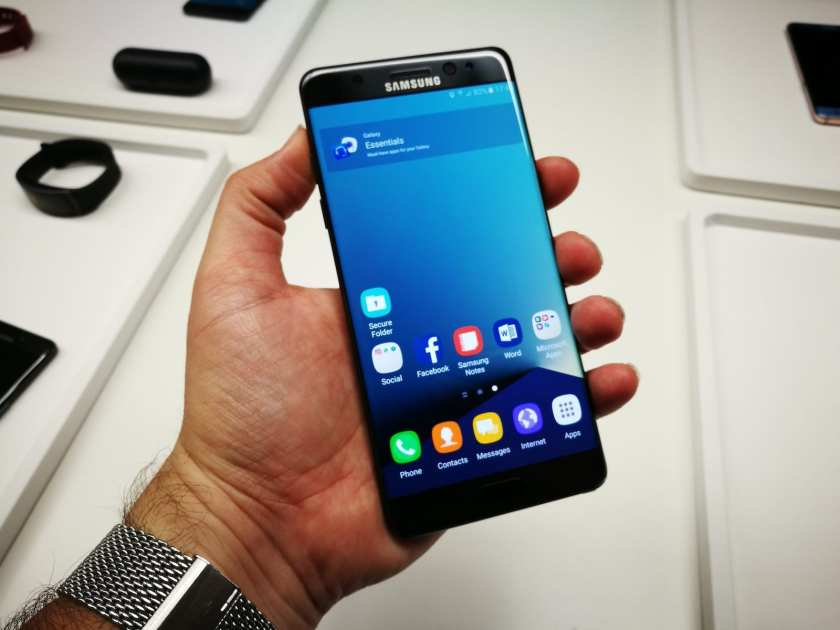 Hands-On Review: Samsung Galaxy Note 7 + Accessories – JM