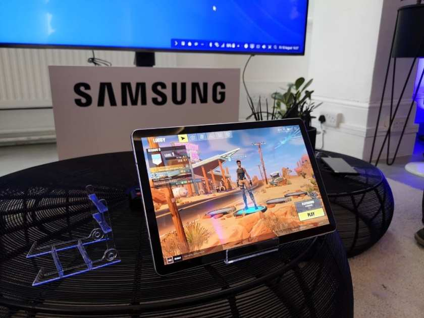 Fortnite - coming to various Samsung devices this month