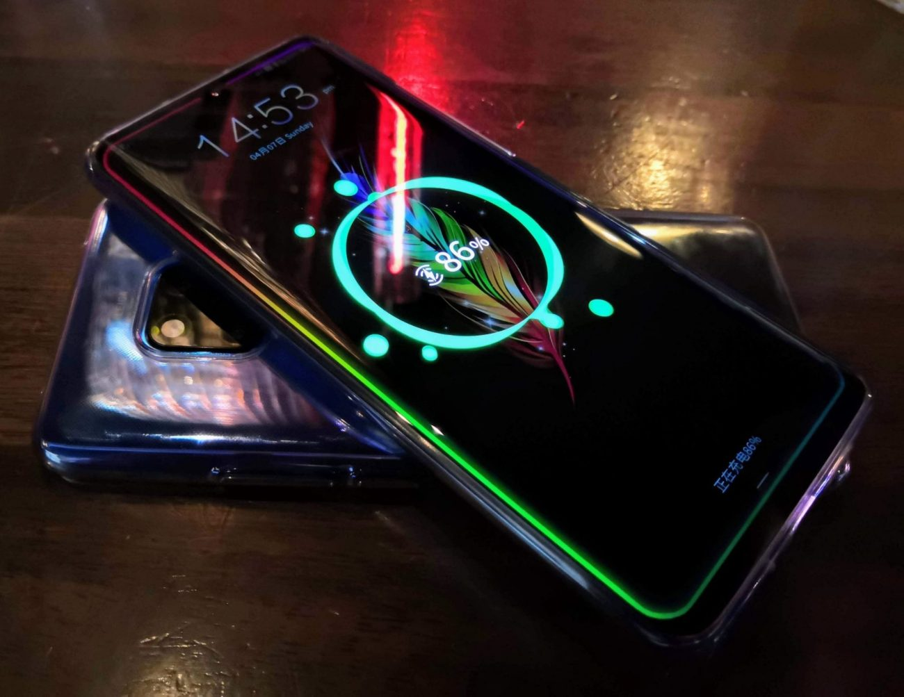 Mate 20 Pro charging a P30 Pro because, well, you can!