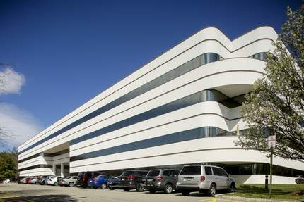 JLL Completes transactions at Parsippany Center
