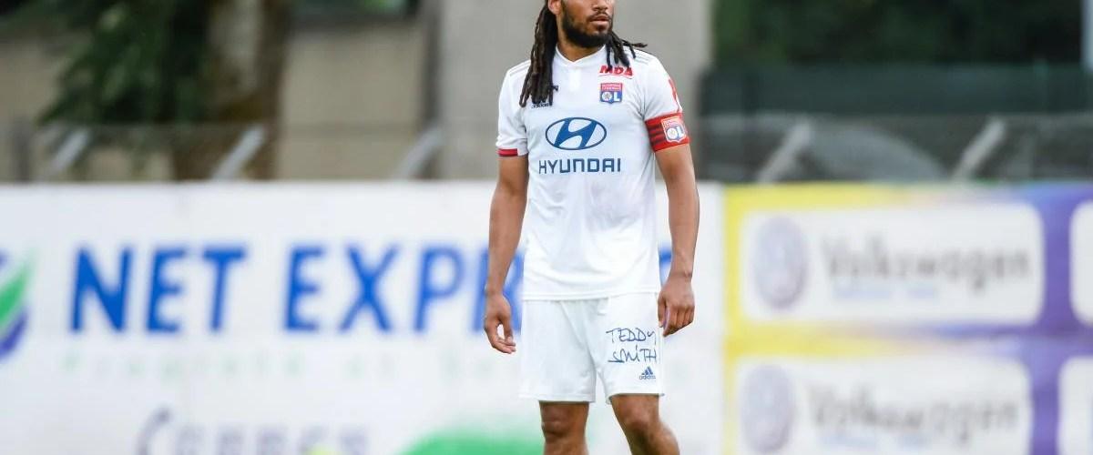 Jason Denayer Capitain of olympique Lyonnais.