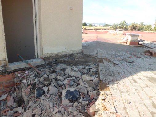 Hotel Centurión Demolición de cubierta antigua