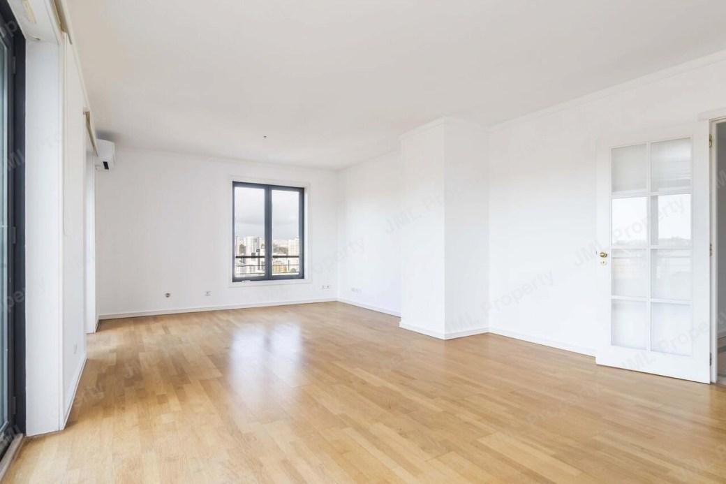 pf21585-apartamento-t2-lisboa-54a0b793-ea83-4b3e-9782-8f3186819601