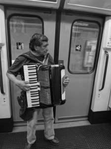 spelar_musik_kollektivtrafik