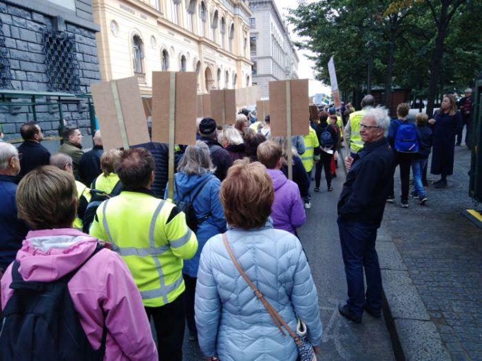 protestmarsch_försökringsupproret_stockholm