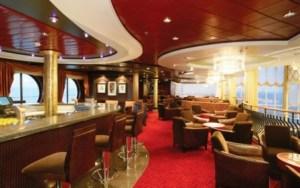 Este es el bar-discoteca del ferry «M/F Color Fantasy» donde sucedió la bronca. (Foto: Color Lines)