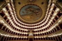 20. Teatro San Carlo de Naples