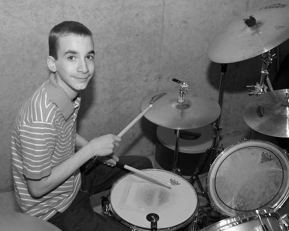 b w drums