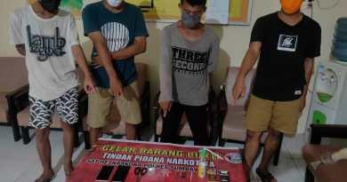 4 Pria di Maluk Digrebek Polisi Diduga Sedang Pesta Sabu