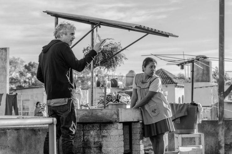Alfonso Cuarón y Yalitzia Aparicio durante el rodaje de Roma. Foto: Carlos Somonte