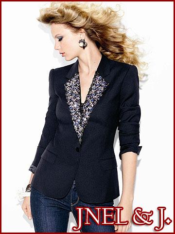 Taylor Swift -  Glamour Magazine August 2009 - Jnel & J. - 03