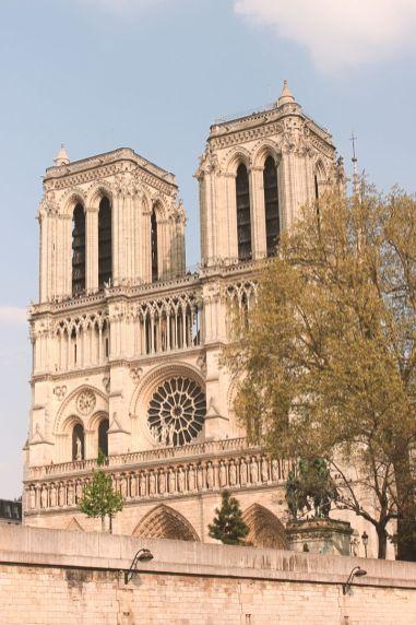 Les tours de la cathédrale Notre-Dame de Paris