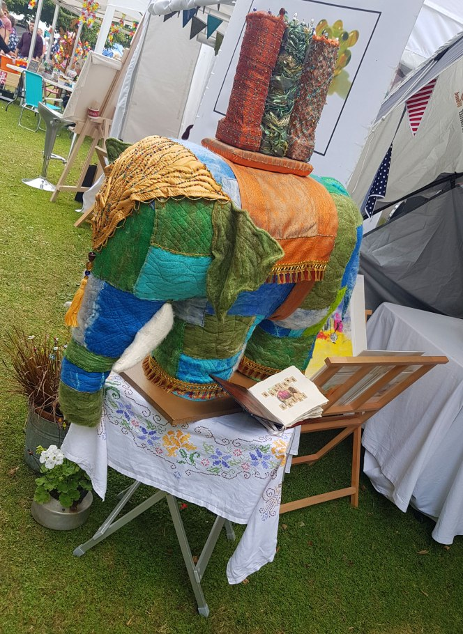 elephant-in-eamingto-spa