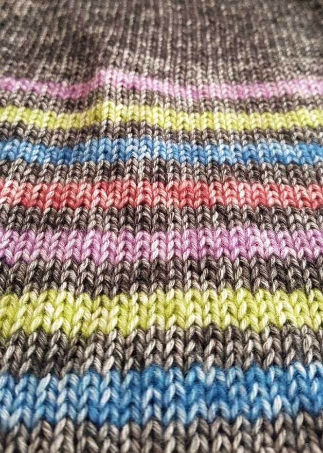 striped-scarf