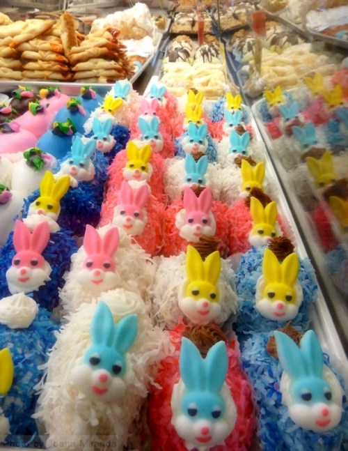 Cute Easter Bunny cakes