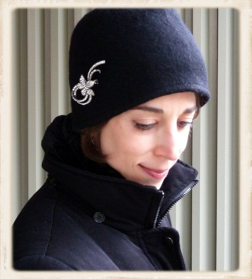 Joana in cloche hat