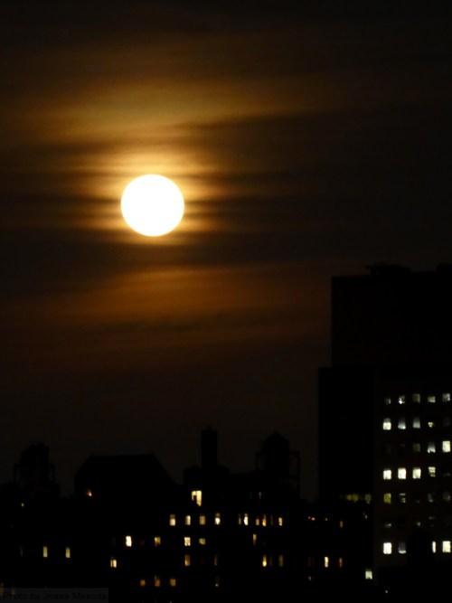 moon-over-new-york-city