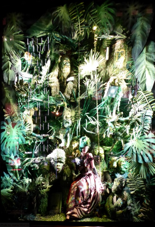 2016-bergdorf-goodman-holiday-jungle-window