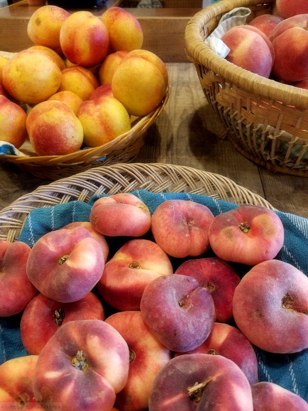 Photo of organic Vermont farm stand peaches