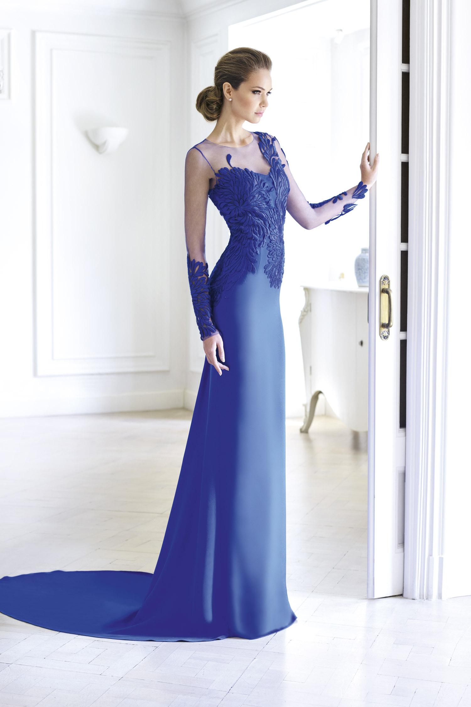 Alejandro de Miguel exclusive dresses_01