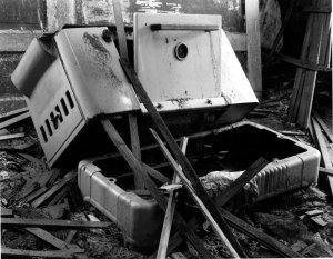 017B03 Used Stove 1995