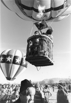 1974004016 Balloon Fiesta NM Fairgrounds 1974-04(16) 1974