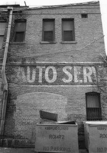 1976008017 Auto Shop 1976