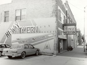 2001030006 Hiway Tavern 2001