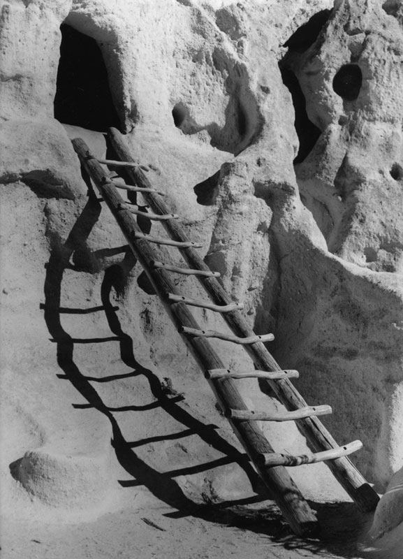 2003024B03 Bandelier Ladder, NM 2003