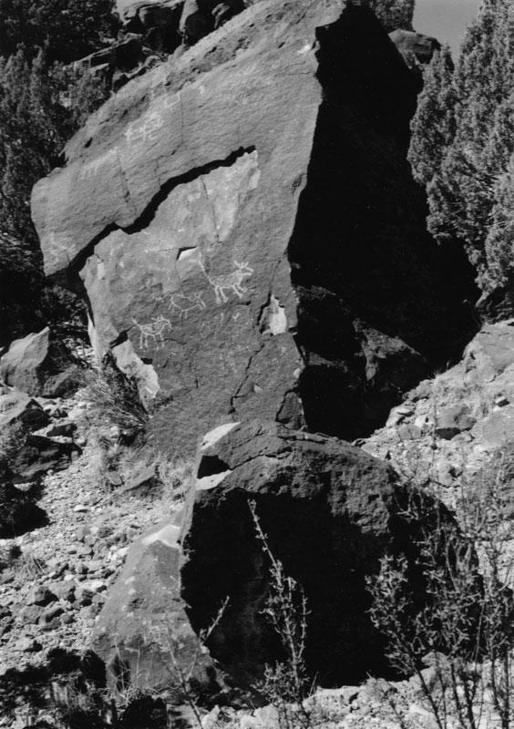 2005001004 Abiquiu Rock Art, NM 2005