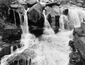 2005C01001 Sinks Canyon Falls, WY 2005