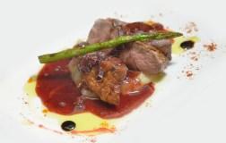 Magret amb foie i reducció d'oporto i gerds